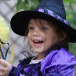Cajas erste Schritte und Halloween